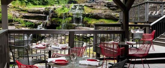 Hawley, Pensilvania: Patio Dining