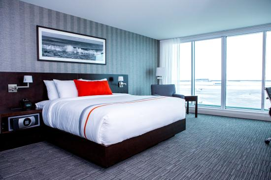 The Grand Winnipeg Airport Hotel : Guestroom