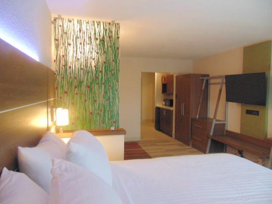 วาปาโคเนตา, โอไฮโอ: Guest Room
