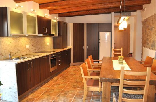 Llers, Spagna: comedor-cocina