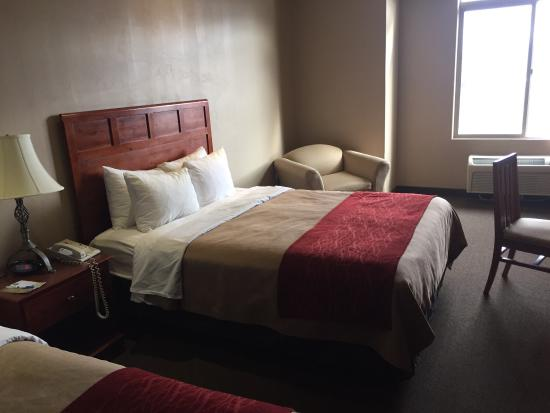 Comfort Inn at Convention Center: photo1.jpg