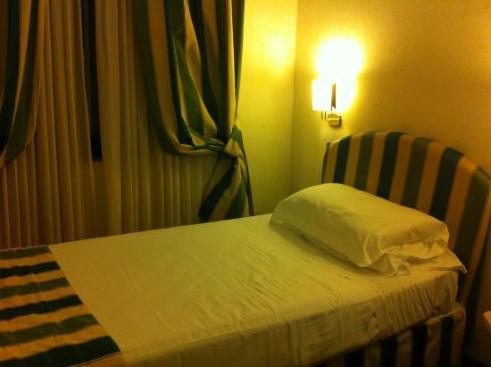 BEST WESTERN Hotel Mirage Photo