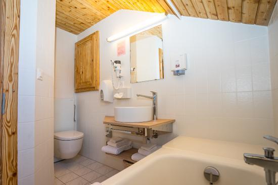 Hotel de Moiry : salle de bain