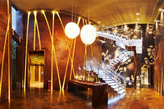 Hotel Kunlun: Yan Club Hallway