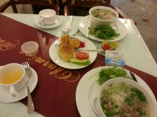 Hanoi Charming 2 Hotel: 20160125_073414_large.jpg