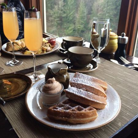 Snoqualmie, WA: Just a few samples from my trip of the amazing food, gorgeous scenery, and relaxing atmosphere I