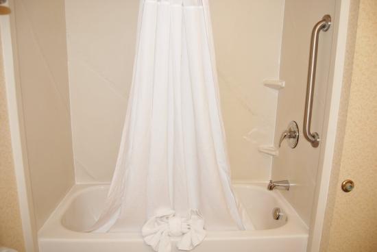 Berea, KY: Bathroom