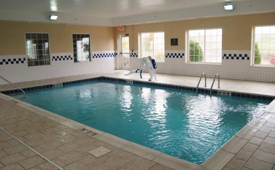 Berea, KY: Pool