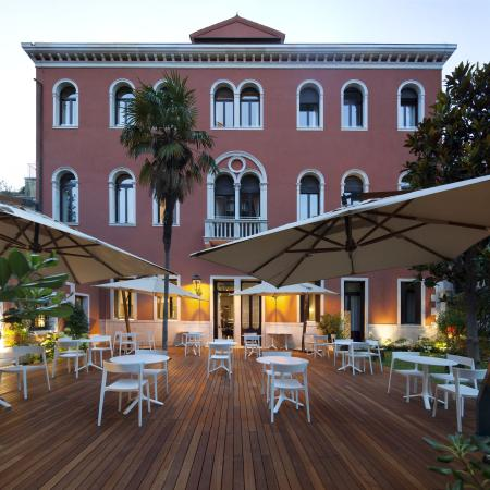 NH Collection Firenze Porta Rossa: Outdoor Dining