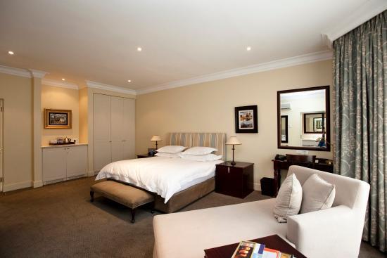 10 2nd Avenue Houghton Estate : Suite