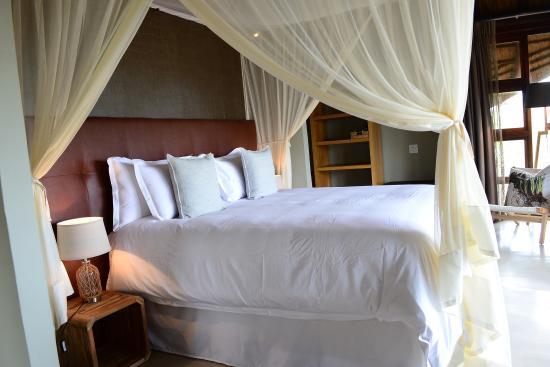 Welgevonden Game Reserve, Sudáfrica: Deluxe Suite - Bedroom