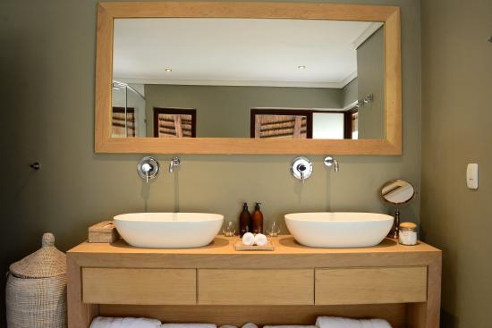 Заповедник Велгевонден, Южная Африка: Deluxe - Bathroom