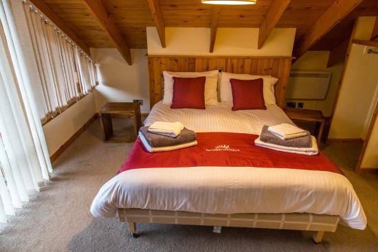 Callander, UK: Main upstairs bedroom in cabin 2