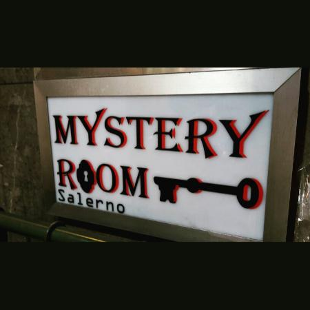 ‪Mystery Room Salerno‬