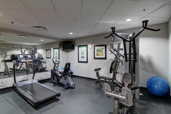 Bowmanville, Canada: exercise room