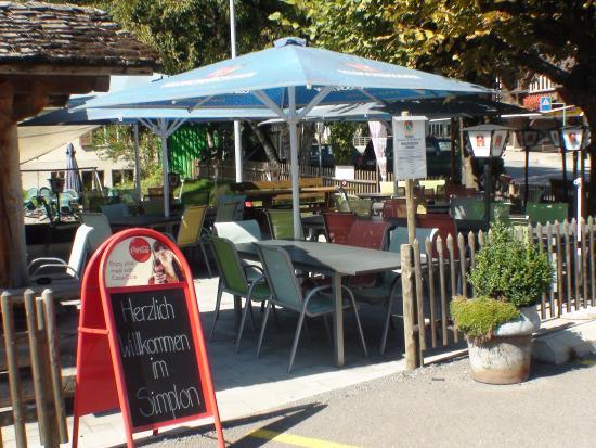 Frutigen, Schweiz: Gartenrestaurant