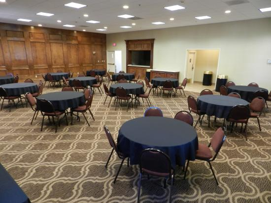 Ashmore Inn and Suites: Conference Room - Biltmore Room
