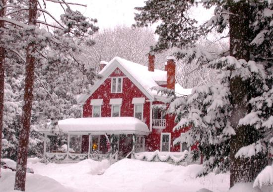 Bartlett Inn Best NH Snow