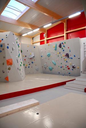 Lenzburg, Suisse : Boulderhalle