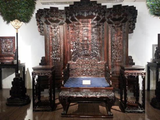 China Red Sandalwood Museun: Sandalwood Furniture