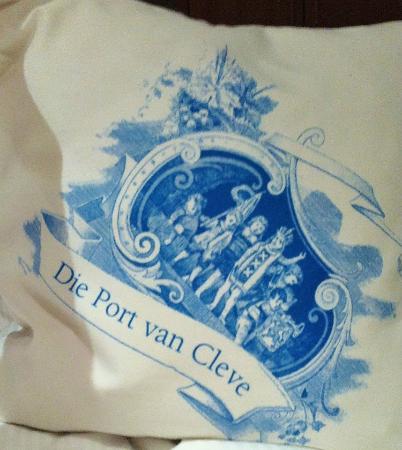 Die Port van Cleve: pillows