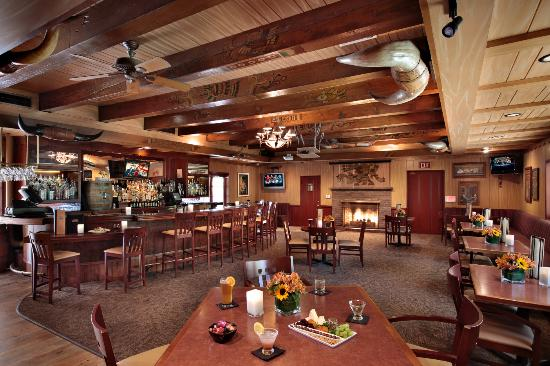 The Steakhouse at Paso Robles Inn: Cattlemen's Lounge, upstairs in the Steakhouse