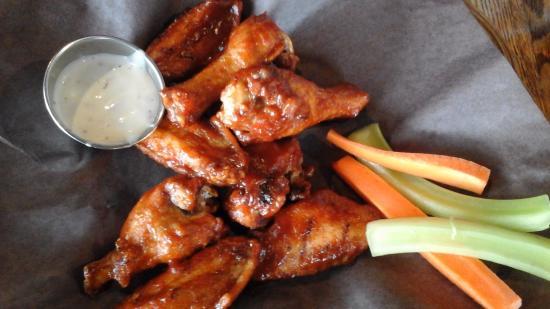 Thornbury, Kanada: Whiskey Chicken Wings...yum