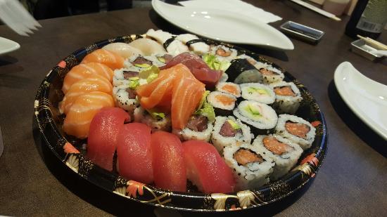 Tolentino, Italia: Sumo Sushi Take Away