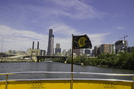 Chicago Water Taxi: Be inspired by Chicago's world class architecture.