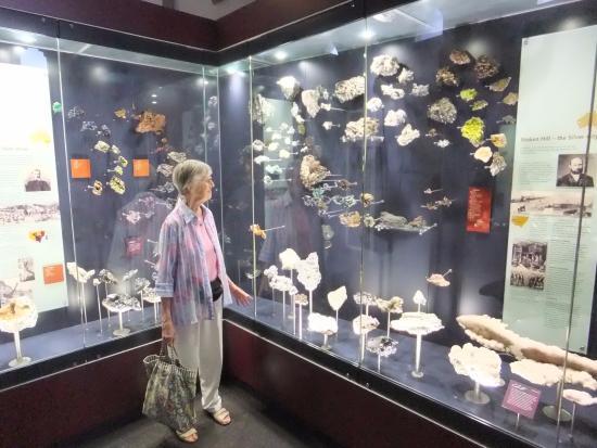 Bathurst, Australia: Wonderful displays of minerals
