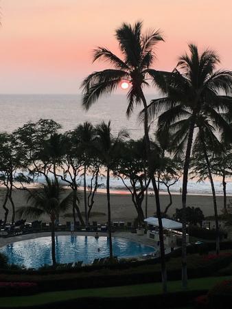 Hapuna Beach Prince Hotel Beach Bar Photo