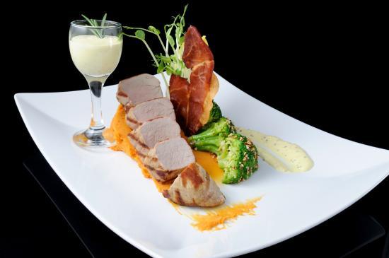 Bravo Resto & Bar Restaurant