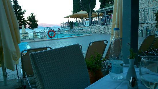 Porto Galini Seaside Resort & Spa: Restaurant view