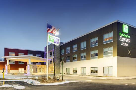 Galesburg, IL: Exterior at Twilight