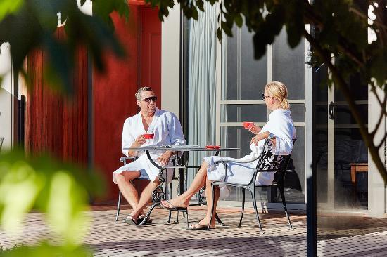 Villa Gusto: Coffee in the sun