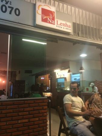 Na Lenha Pizza & Grill