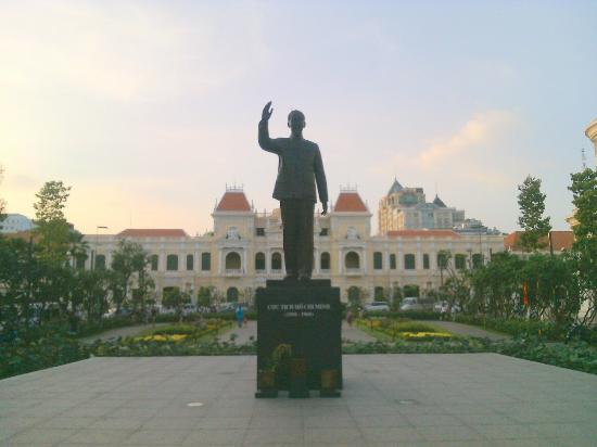president ho chi minh statue picture of president ho chi minh rh tripadvisor ca ho chi minh in a day is ho chi minh city a province
