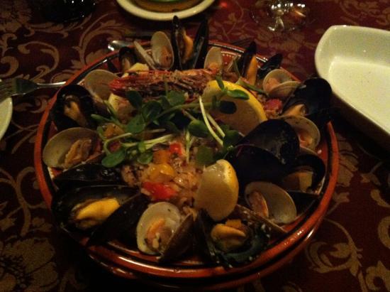 Mediterranean paella picture of aroma mediterranean for Aroma mediterranean cuisine