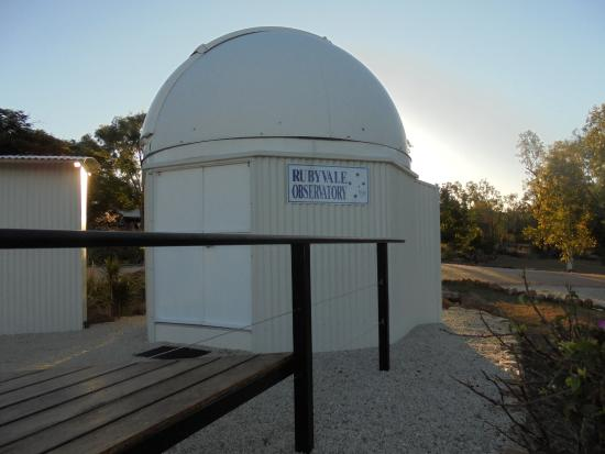 Rubyvale observatory  Roof opens & rotates