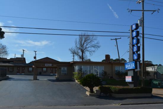 Baker Motel