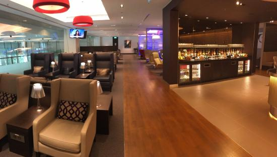 Qantas & British Airways Lounge