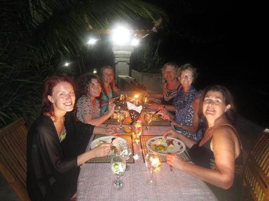 Bondalem, Indonesia: Seaside restaurant