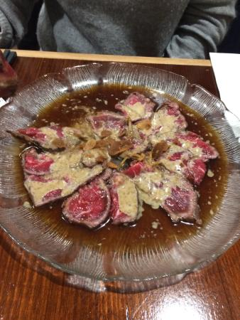 Brighton, أستراليا: Oysters, beef , Salman Tataki