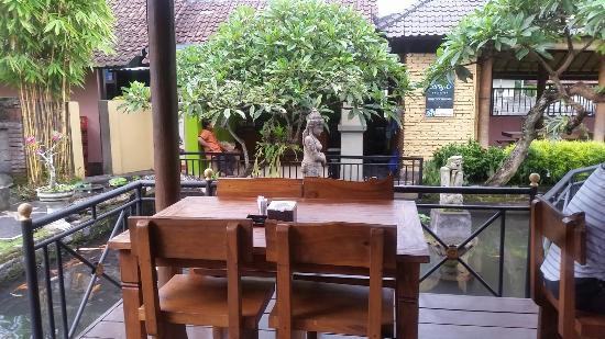Pondok Mina Restaurant