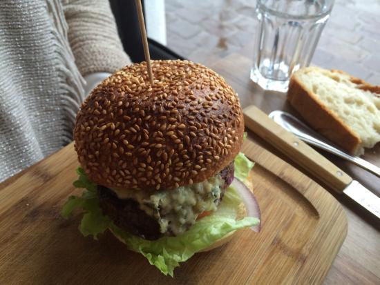 Antony, France : Burger charolais