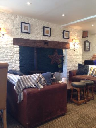 Nibley, UK: Beautiful new decor for this fantastic pub. Been many times and never had a bad meal! Lovely sta
