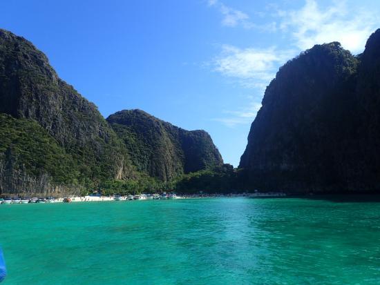 Captain Bob's Cruise: Paradise