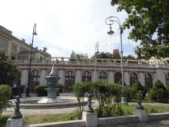 Várkert Bazár: Picture Of Varkert Bazar, Budapest