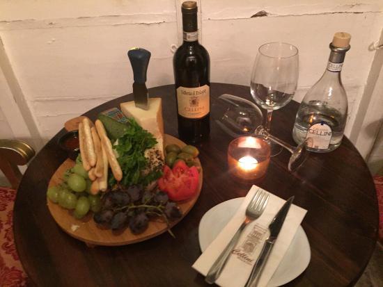 Naxxar, Malta: Cellini Wine Bar & Bistro