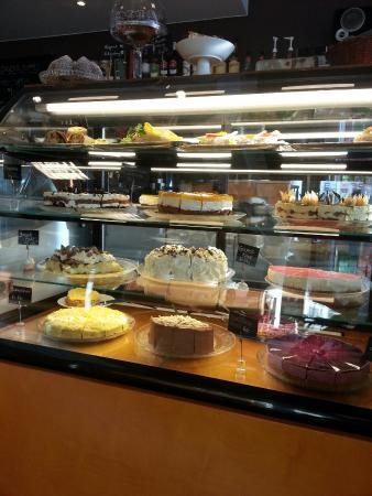 Hamar, Noruega: Meget god mat og veldig gode kaker!